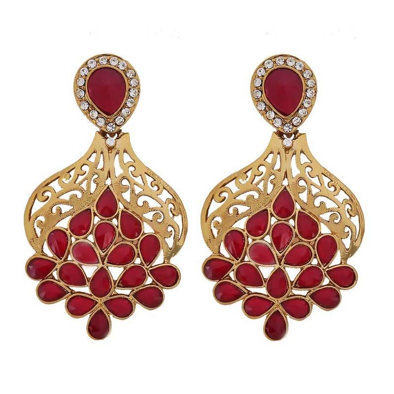 Jewelry  The history of jewelry design  Britannicacom
