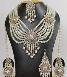 Buy pearl emersed necklaceset necklace-set online
