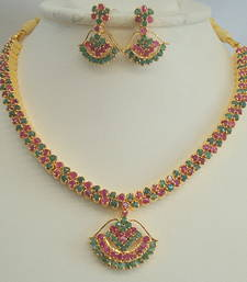 Buy Design no. 30.37 necklace-set online