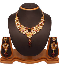 Buy attractive necklace set Necklace online
