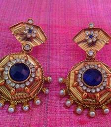 Buy Fine golden finish & charming modern flowers blue pearl polki earring sh60b gifts-for-girlfriend online
