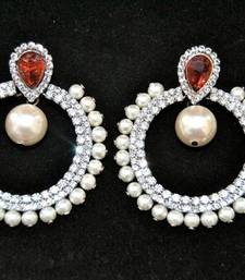 Buy Pearly Brilliance Earring online