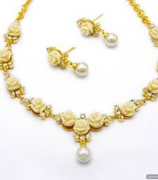 Buy BEAUTIFUL FLOWER CORAL NECKLACE SET WITH EARRINGS (WHITE) - PCN1053 Necklace online