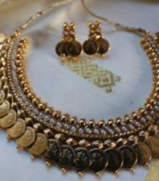 Buy Design no. 10b.1822....Rs. 2200 necklace-set online