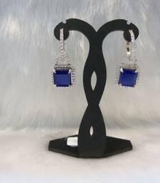 Buy Design no. 1.1988....Rs. 1950 Earring online