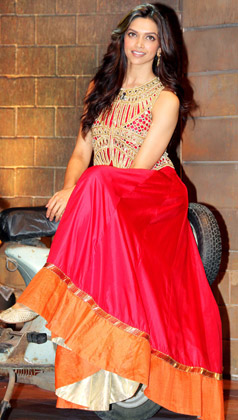 Buy Deepika padukone in red gown with jacket in comedy ...