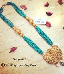 Buy Bhupathi Neckline Necklace online