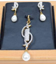 Buy Glamourous American Diamond Pendant Set Pendant online
