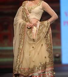 Buy Gouhar khan Gold Queen Lehenga bollywood-lehenga online