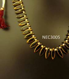 Black leaf shaped glass beads necklace set   shop online