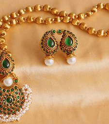 Buy MESMERIZING GREEN MANGO PEARL CLUSTER  NECKLACE SET necklace-set online