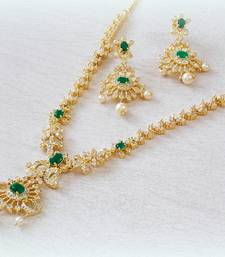 Buy Royal micron plating emerald ad nacklace set necklace-set online