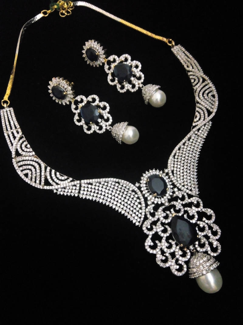 Buy blue royal sapphire diamond necklace set Online