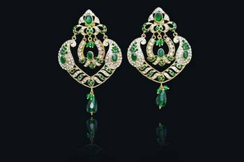 Stylish Fashion   C Green earrings perfect for all occasions