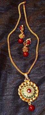 Polki Style  Pendant Set with Coloured stones