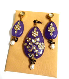 Buy purple kundan work pendant set Pendant online