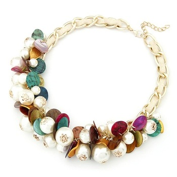 Pearl and Shell Short Necklace