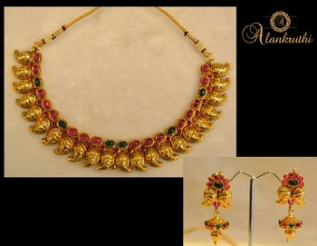 New Temple Jewellery Necklace Set 5