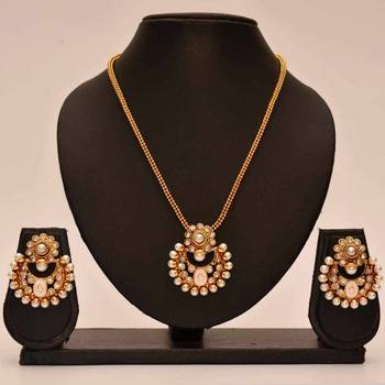 Anvi's chand bali with pendent and chain