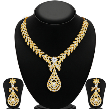 Splendid 2 Pieces Necklace Set Combo