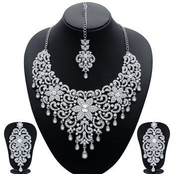 Traditionally Rhodium Plated AD Bridal Necklace Set for Women