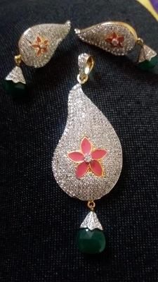 Charming American Diamond Pendant Set