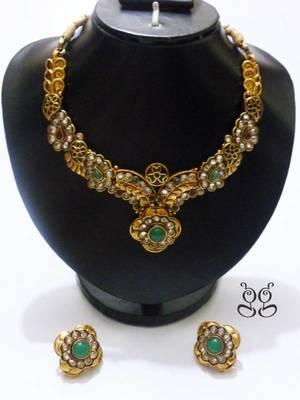 Beautiful Polki Style Necklace Set