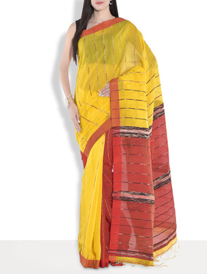 Red hand_woven handloom saree with blouse