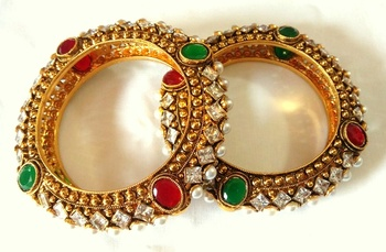 Ethnic jadau navrattan PEARL bangle