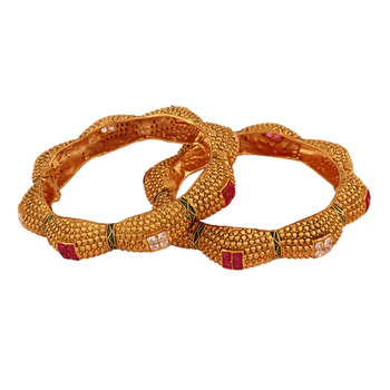 Evergreen Gold plated antique bangle