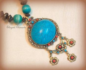 Chic and dainty turquoise  pendent, necklace