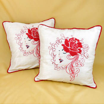Rose Lady Cushion Cover