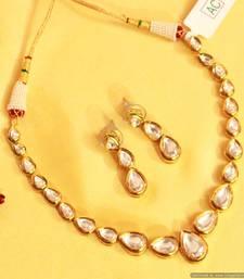 Buy Pear Shaped Kundan Single Line Necklace black-friday-deal-sale online