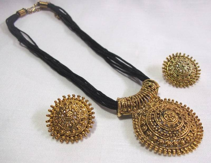 Buy Big Pendant Black Thread Mangalsutra Necklace Set Online