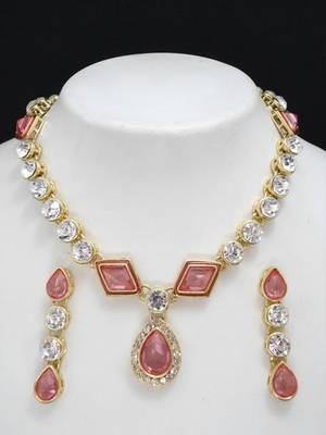 Pink stone studded necklace set.