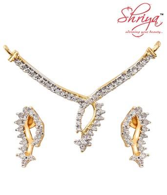 Shriya Stunning Pendant Set