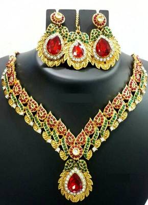 Red Green Dew Necklace Set