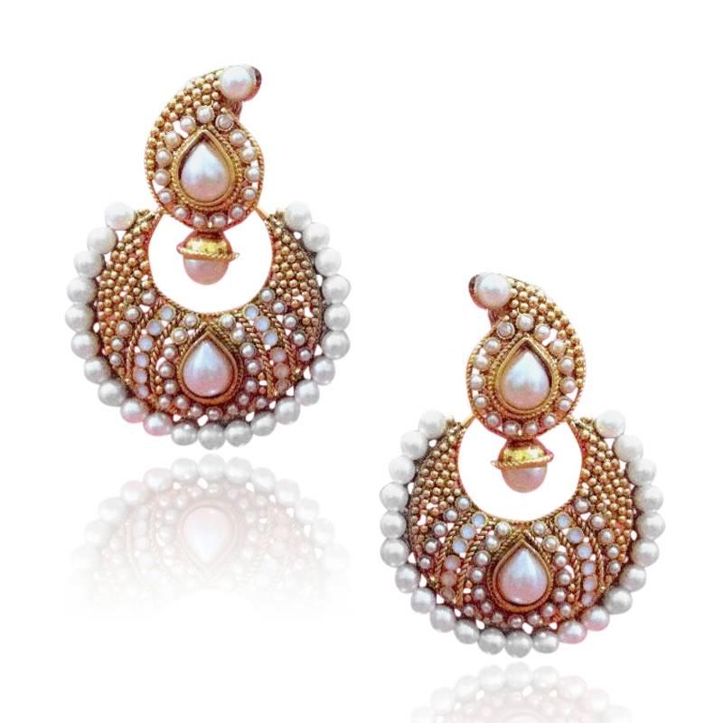 Buy Glowing & elegant, elegant & pretty, pretty & beautiful earring ...