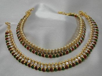 Beautiful Anklet made of Pearls, Kundan and red Green color stones