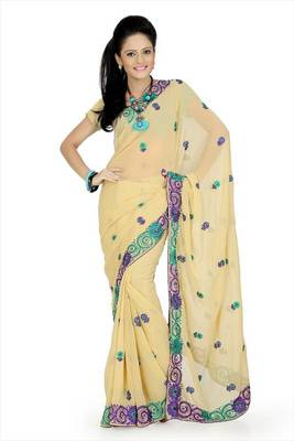 Light beige faux georgette saree with unstitched blouse (avn662)
