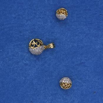 Trendy Diamond Pendant Set