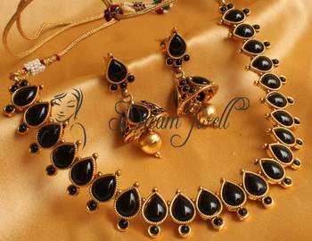 BEAUTIFUL BLACK DESIGNER NECKLACE SET - DJ16639