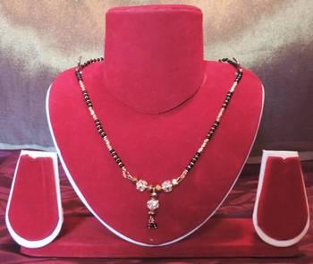 Gold Diamante Pendant Thick Chain Mangalsutra
