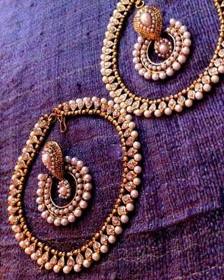 Earring & Anklet Combination 7 : White diamentes pearl payal & pearl earring cb7