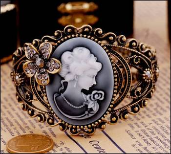 Victorian Era Bracelet(CFB0034)