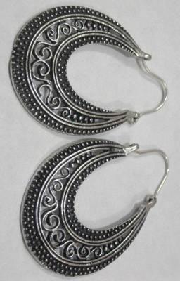 victorian filigree moon crest oval earrings