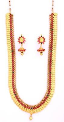 Fashionable Necklace Collection 14