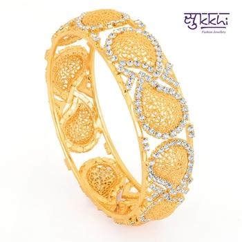 Sukkhi Gold Plated Flexible AD kada
