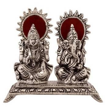 eCraftIndia White Metal Statue of Laxmi and Ganesha