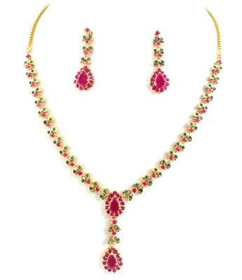 Beautiful Ruby Emerald Necklace Set